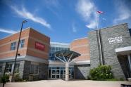 Halifax West High School 공립고등학교 halifax 교육청-노바스코샤 국제학생 프로그램 NSISP – 캐나다 교환학생 & 조기유학